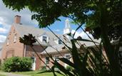 Stoneleigh Burnham School: Greenfield, Massachusetts, USA | Best Boarding Schools