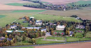 Ecole des Roche: Verneuil sur Avre, France