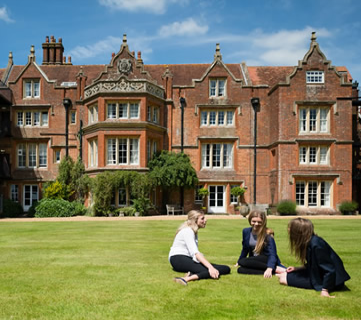 Hampshire Collegiate School: Romsey, Hampshire, UK