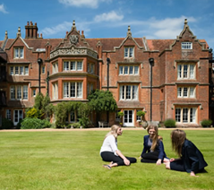 Hampshire Collegiate School: Romsey, Hampshire, UK | Best Boarding Schools