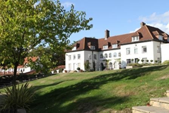 Downe House School, Cold Ash, Thatcham , Berkshire, UK | Best Boarding Schools