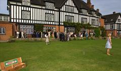 Queenswood School, Hatfield, Hertfordshire | Best Boarding Schools